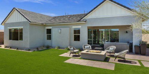 Preakness Estates Secretariat model backyard